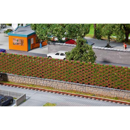 Faller paroi anti bruit mur en brique et vegetation for Paroi anti bruit exterieur
