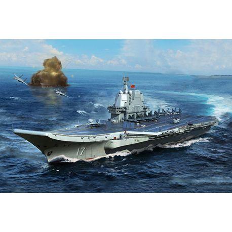 Porte avion russe PLA Navy type 002