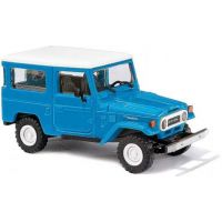 TOYOTA Land Cruiser bleu
