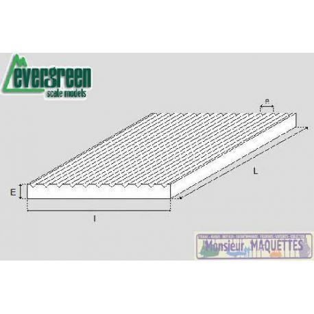 Plaque plastique rainurée 292x152x1,00 mm (1,50)
